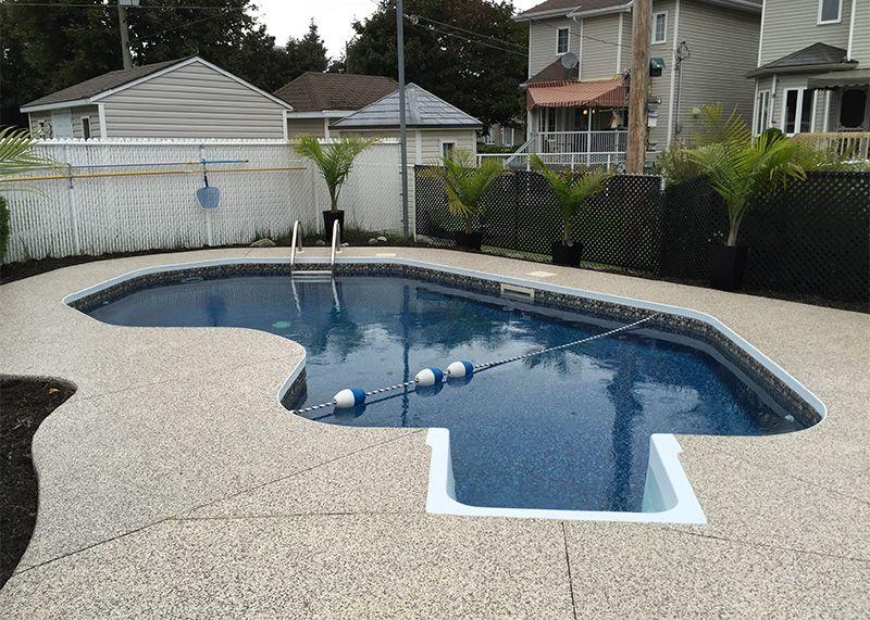 Recouvrement contour et trottoir de piscine et spa